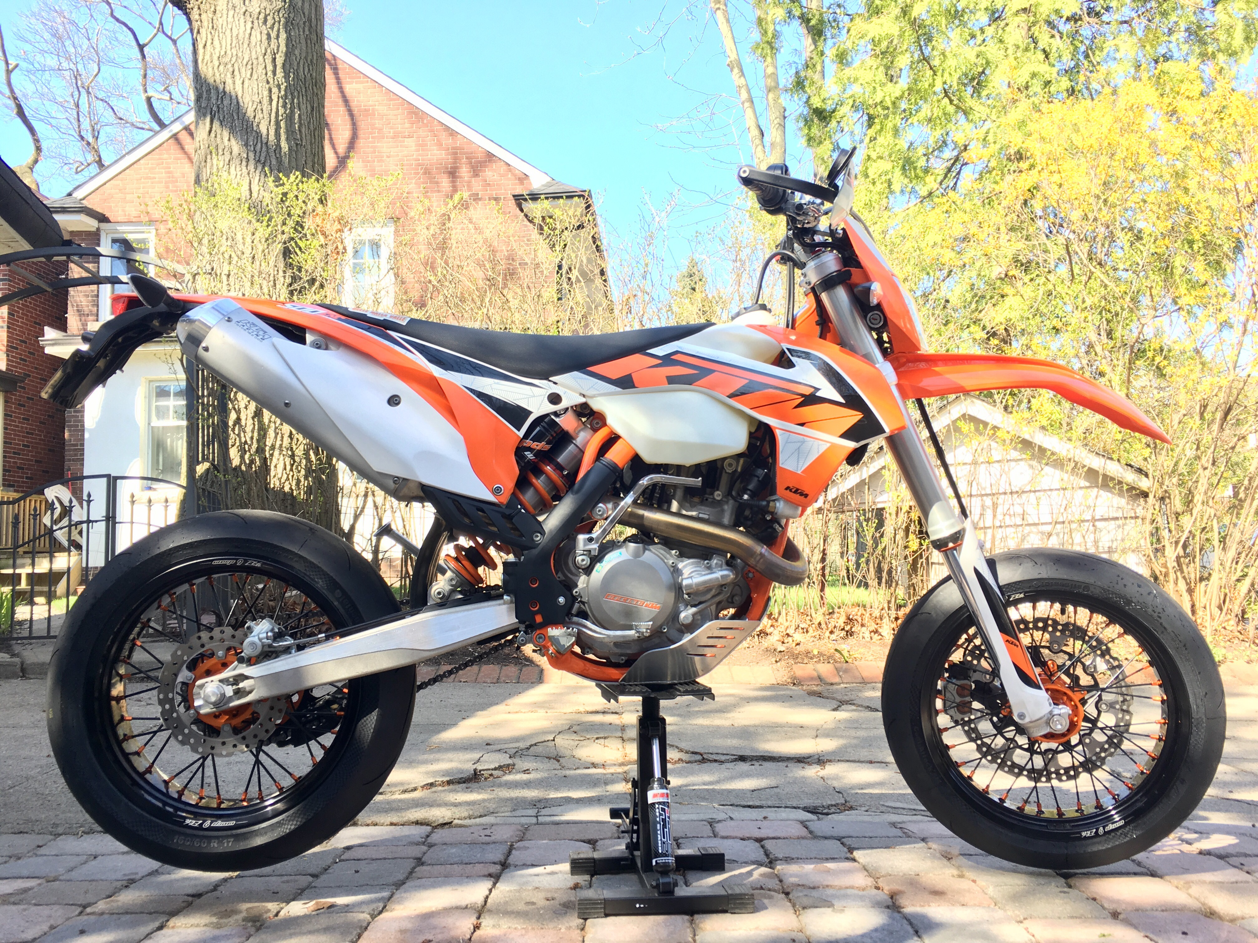project 2016 ktm 500 exc supermoto chance moto. Black Bedroom Furniture Sets. Home Design Ideas